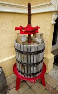 Vintage Wine Press
